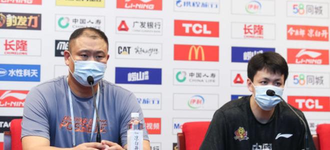 吉林主教练王晗谈对阵新疆:跟强队打把节奏掌