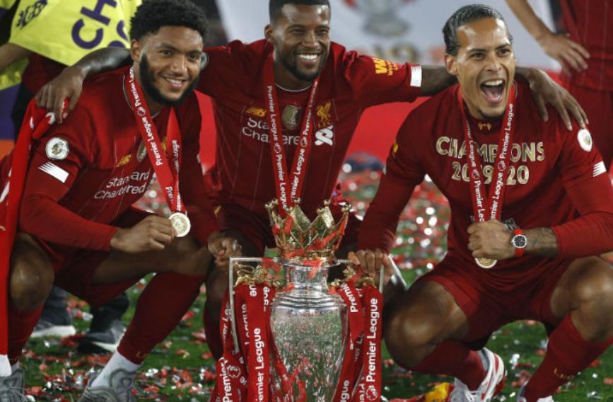 利物浦终于的捧起了属于他们的荣誉,到了这一