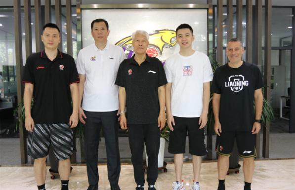 辽宁队最新教练阵容落地非常豪华