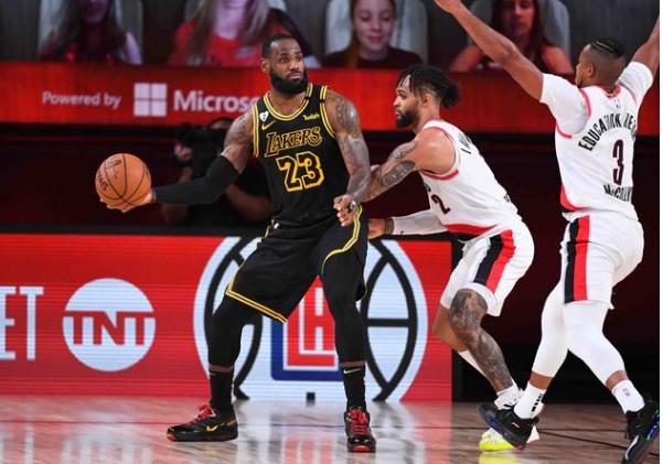 NBA2020季后赛湖人vs开拓者第四场比赛战报