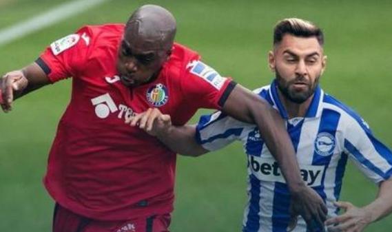 2020/21赛季西甲第6轮阿拉维斯对埃尔切
