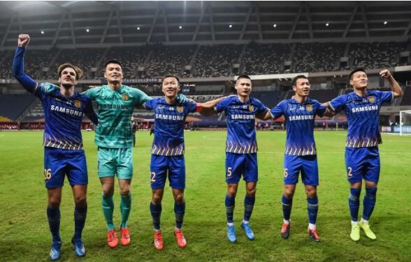 2020赛季中超第16轮江苏苏宁易购对阵重庆当代 苏